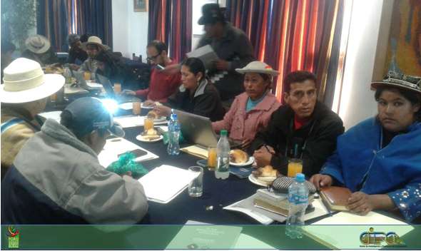 Reunión de habitantes de Jatun Ayllu Yura